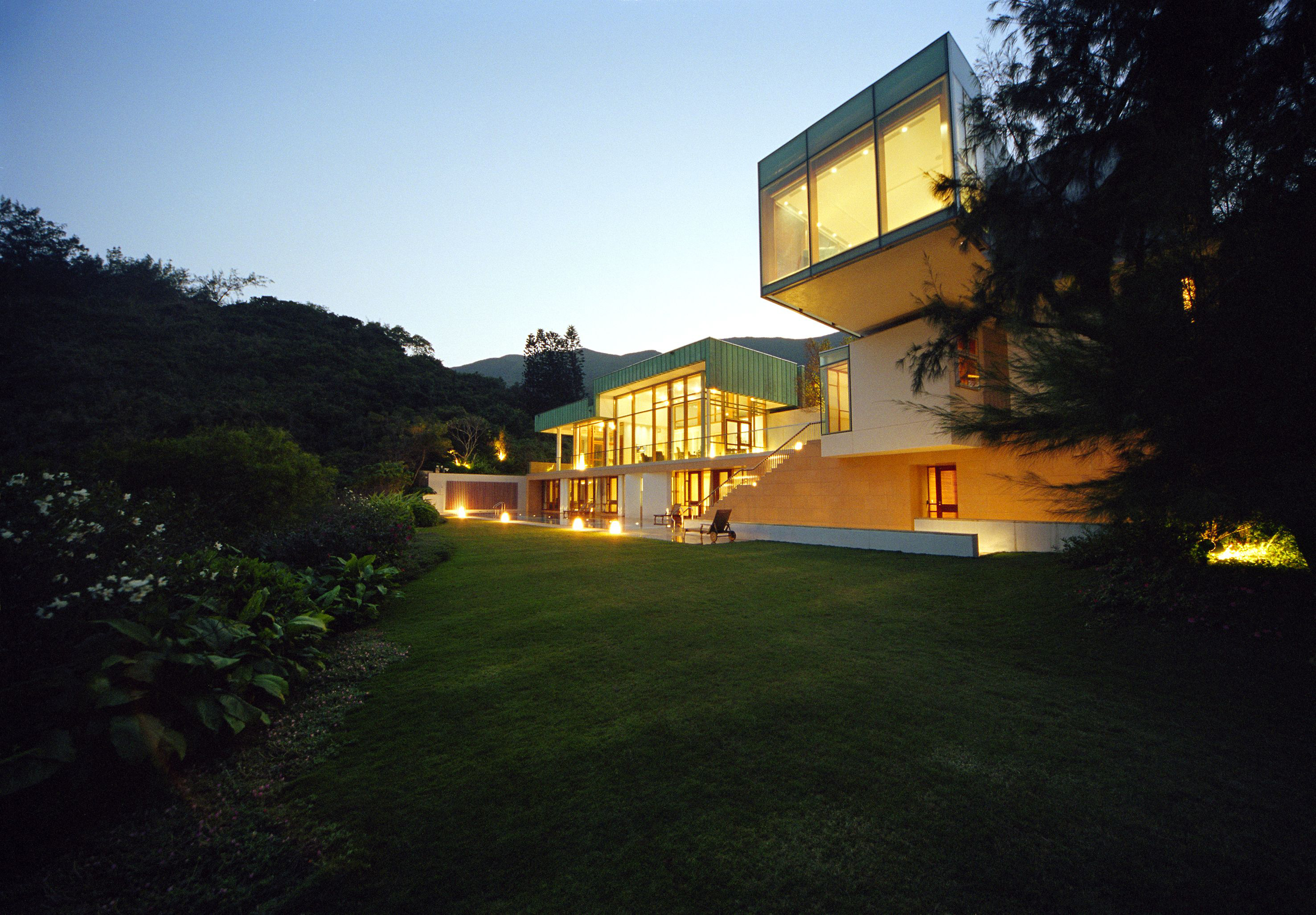 6_Hong-Kong-House_1_041209_1339_21rgb Design House By The Sea on gold house design, harbor house design, sunshine house design, food house design, jungle house design, fishing house design, tys house design, salt house design, man house design, palace house design, home house design, mountain range house design, pretty house design, space house design, ground house design, biosphere house design, hotel house design, beach house design, sports house design, cave house design,